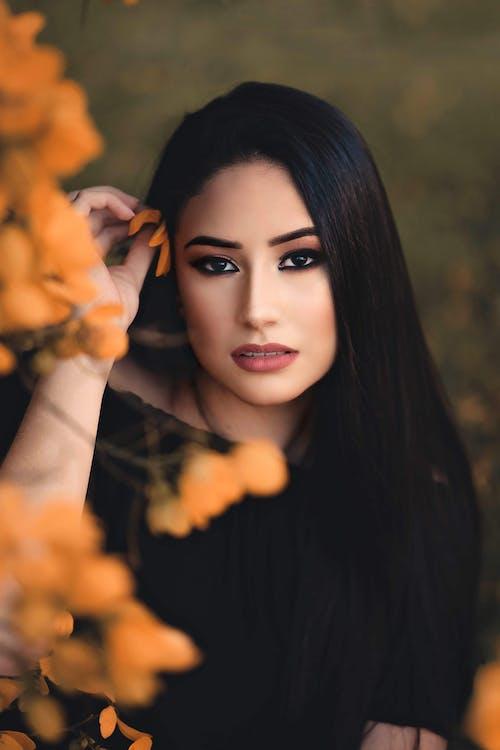 Gratis stockfoto met bloem, fotomodel, fotoshoot, houding