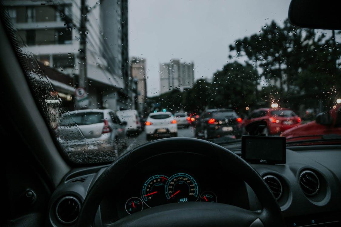 ανεμοθώρακας, αστικός, αυτοκίνητα
