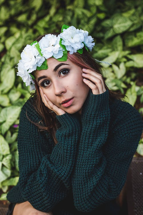 Foto stok gratis bagus, bunga-bunga, fashion, kaum wanita