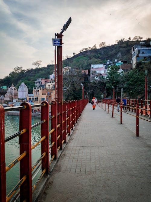 Darmowe zdjęcie z galerii z #woda, cel podróży, haridwar, most