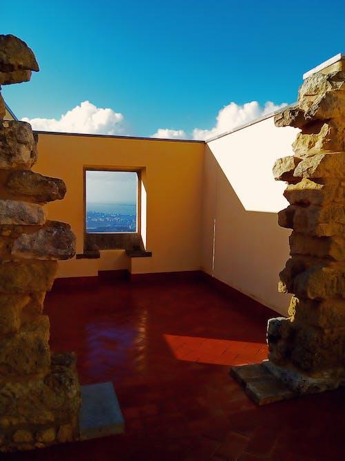 屋頂沒有天花板 的 免費圖庫相片