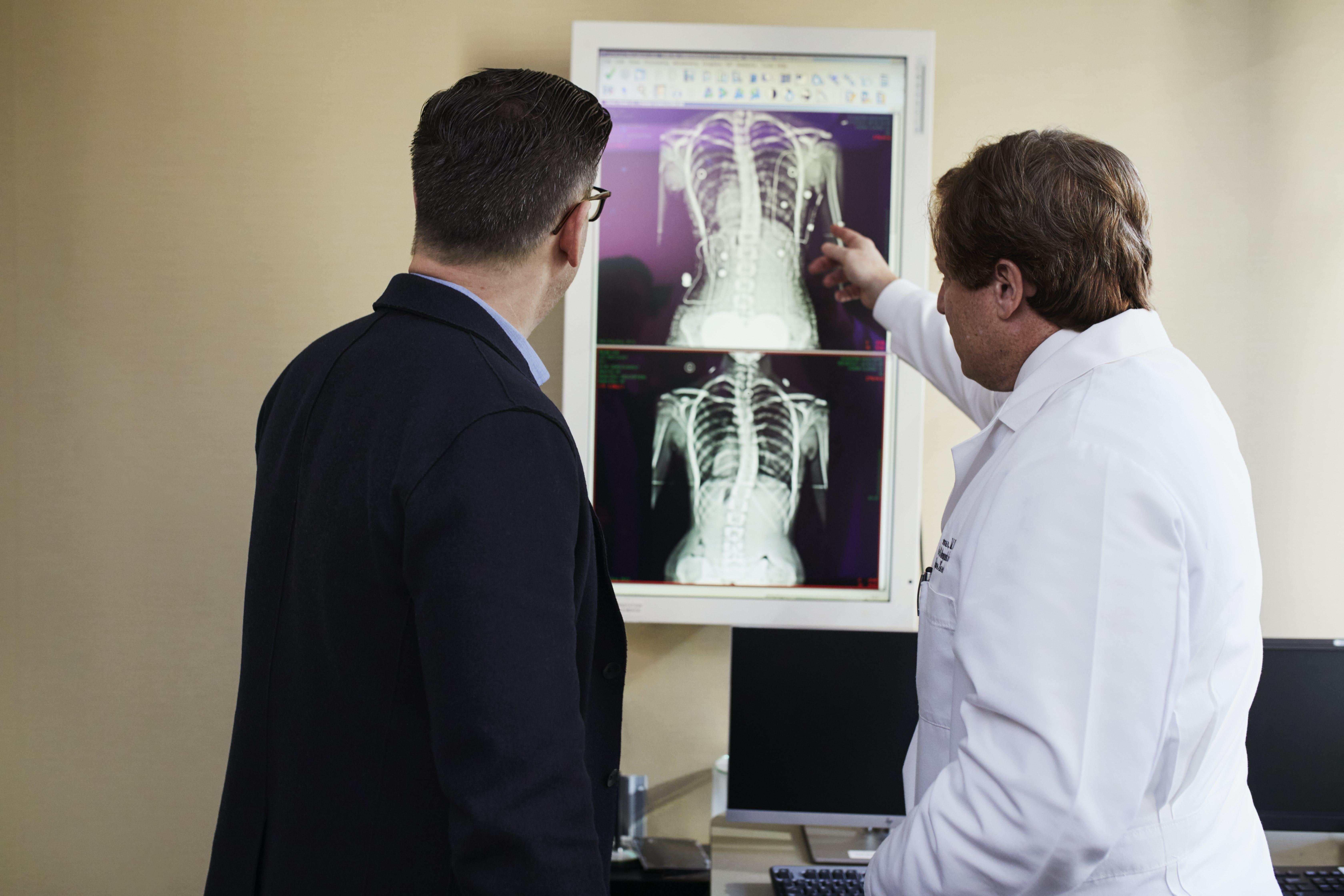 Základová fotografie zdarma na téma doktor, lékař, léky, lidé