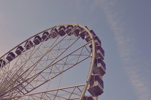Безкоштовне стокове фото на тему «небесно-блакитний, небо, оглядове колесо»