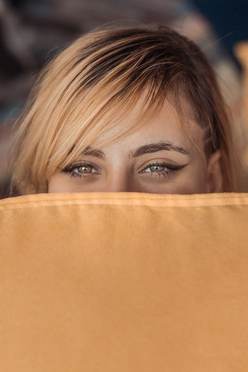 Fotobanka sbezplatnými fotkami na tému blond, blondína, človek, oči