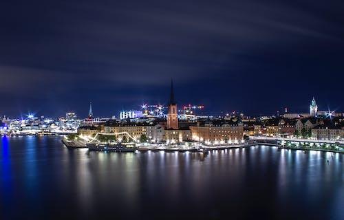 Foto stok gratis dunia malam, kota malam, Skandinavia, stockholm