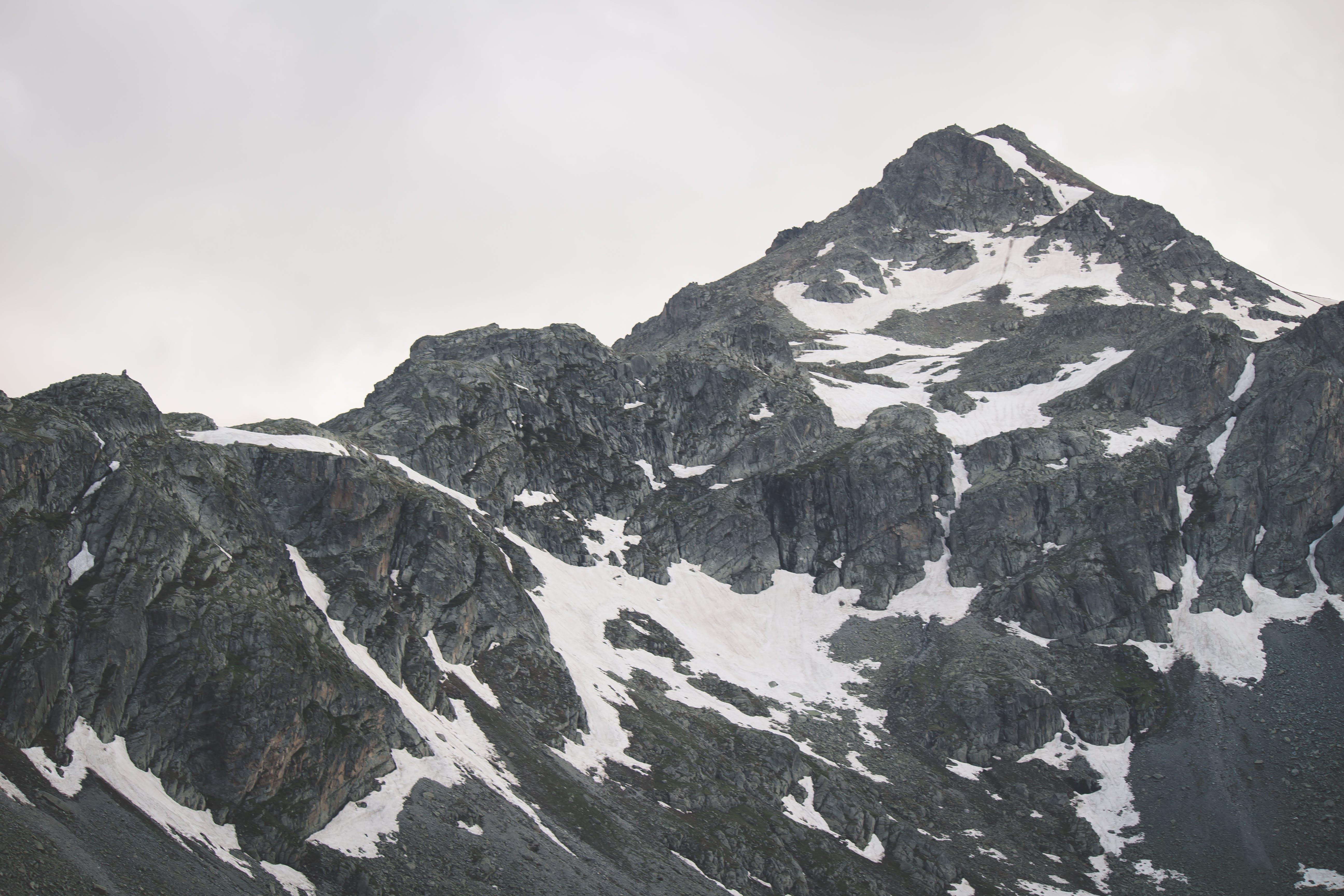 Ilmainen kuvapankkikuva tunnisteilla kalliovuori, korkea, lumi, luonto