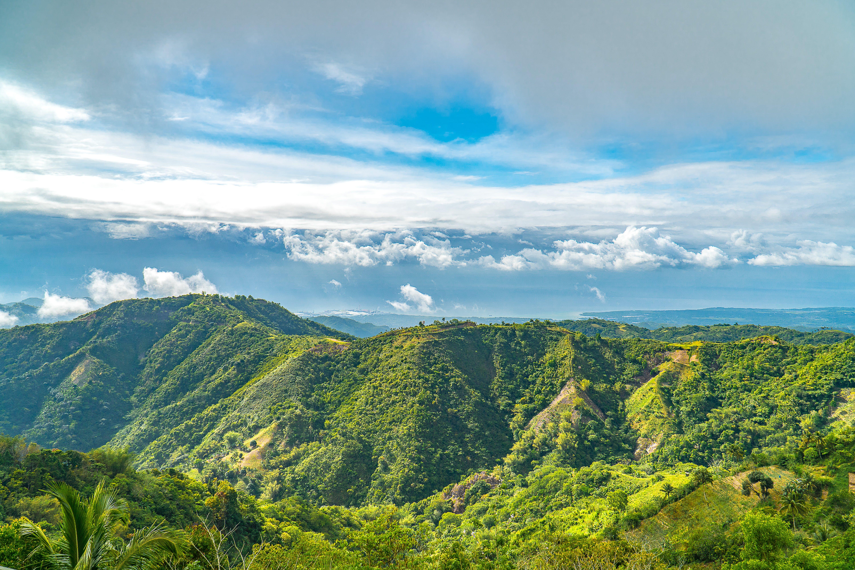 Kostenloses Stock Foto zu berg, grün, nach dem regen, panorama