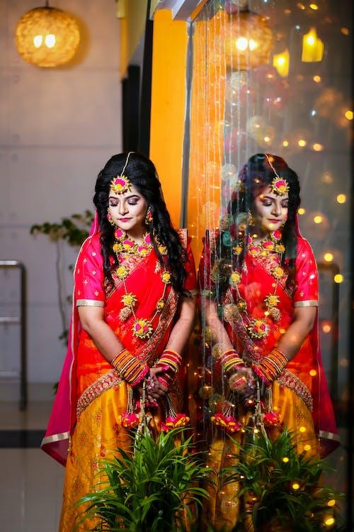 Ingyenes stockfotó 20-25 éves nő, ázsiai nő, előesküvő, esküvő témában