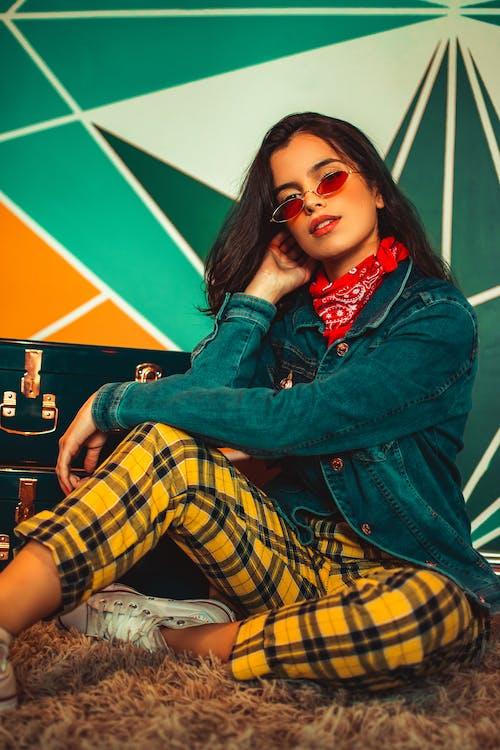 Kostenloses Stock Foto zu brünette, fashion, frau, hübsch