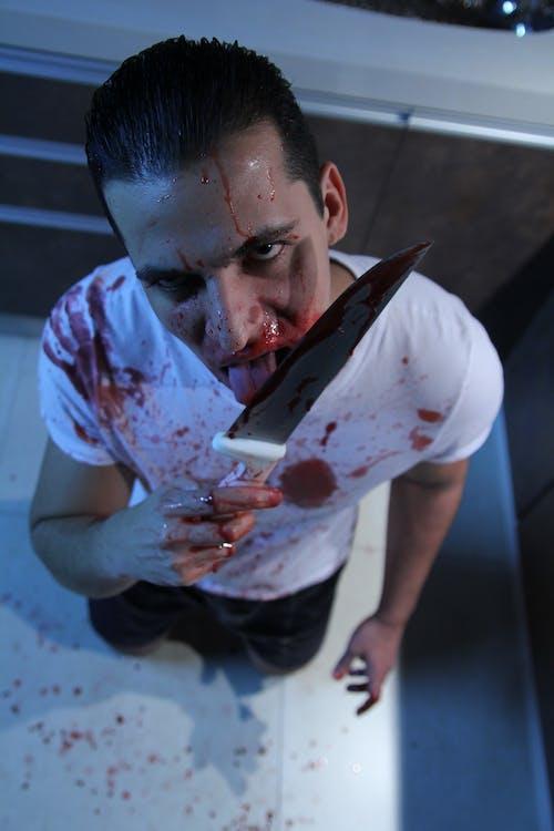 Ảnh lưu trữ miễn phí về Đàn ông, dao, dính máu