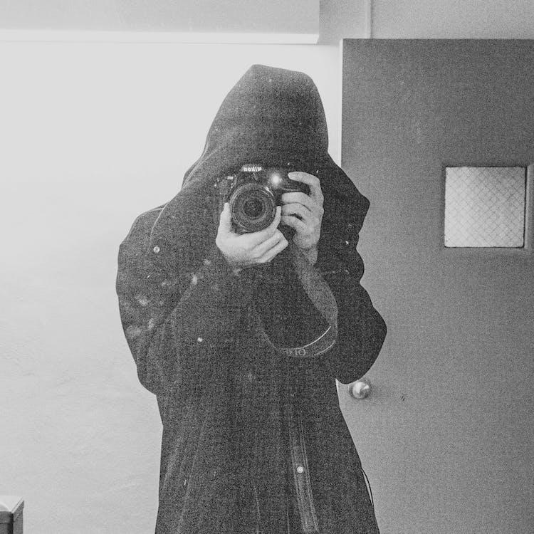 personne avec caméra