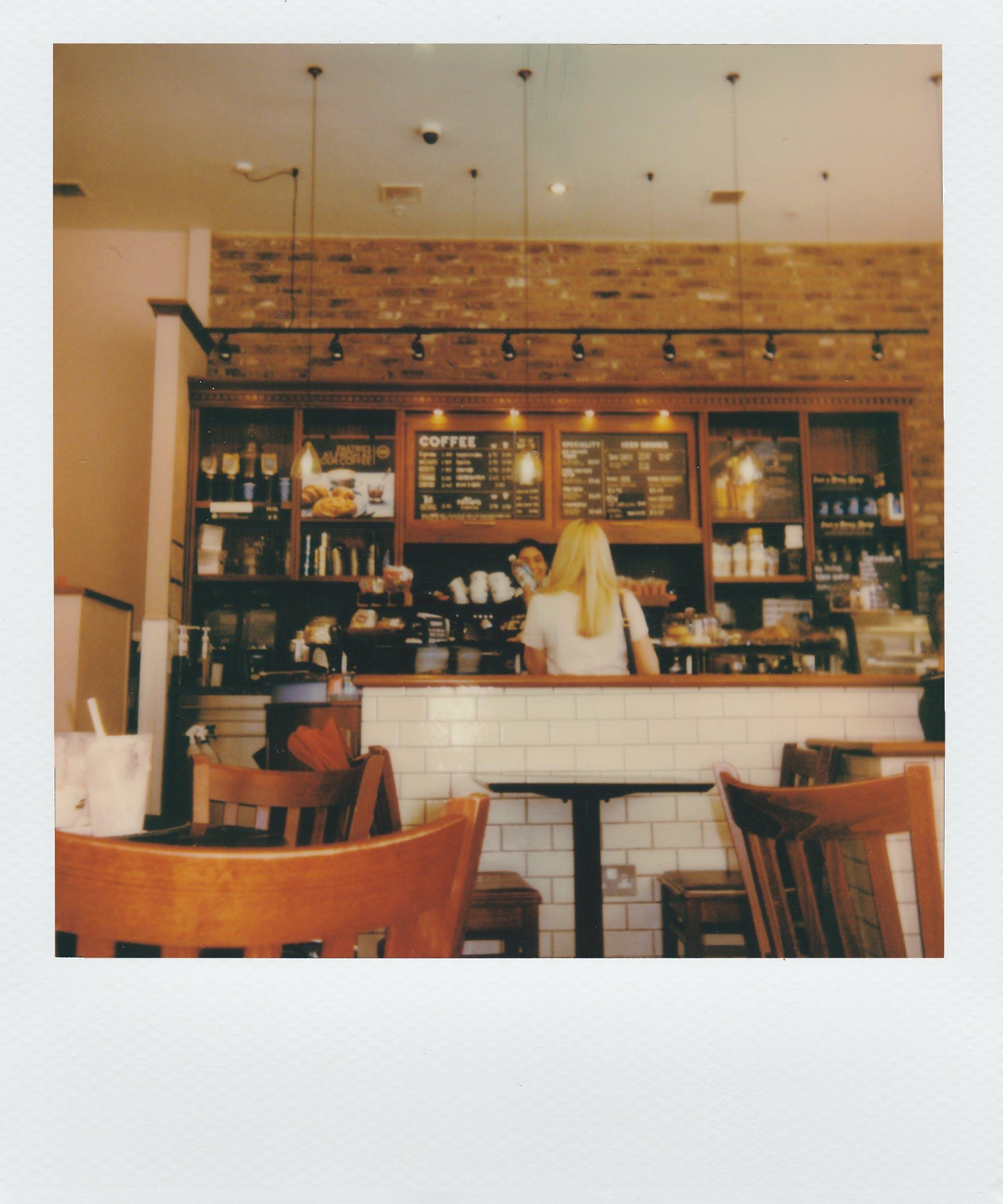 Základová fotografie zdarma na téma akcie, bar, design interiéru, doma