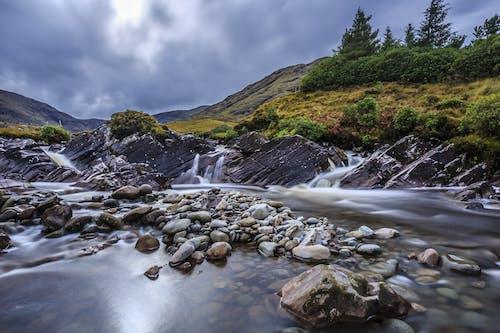 Бесплатное стоковое фото с вид, вода, водопады, горы