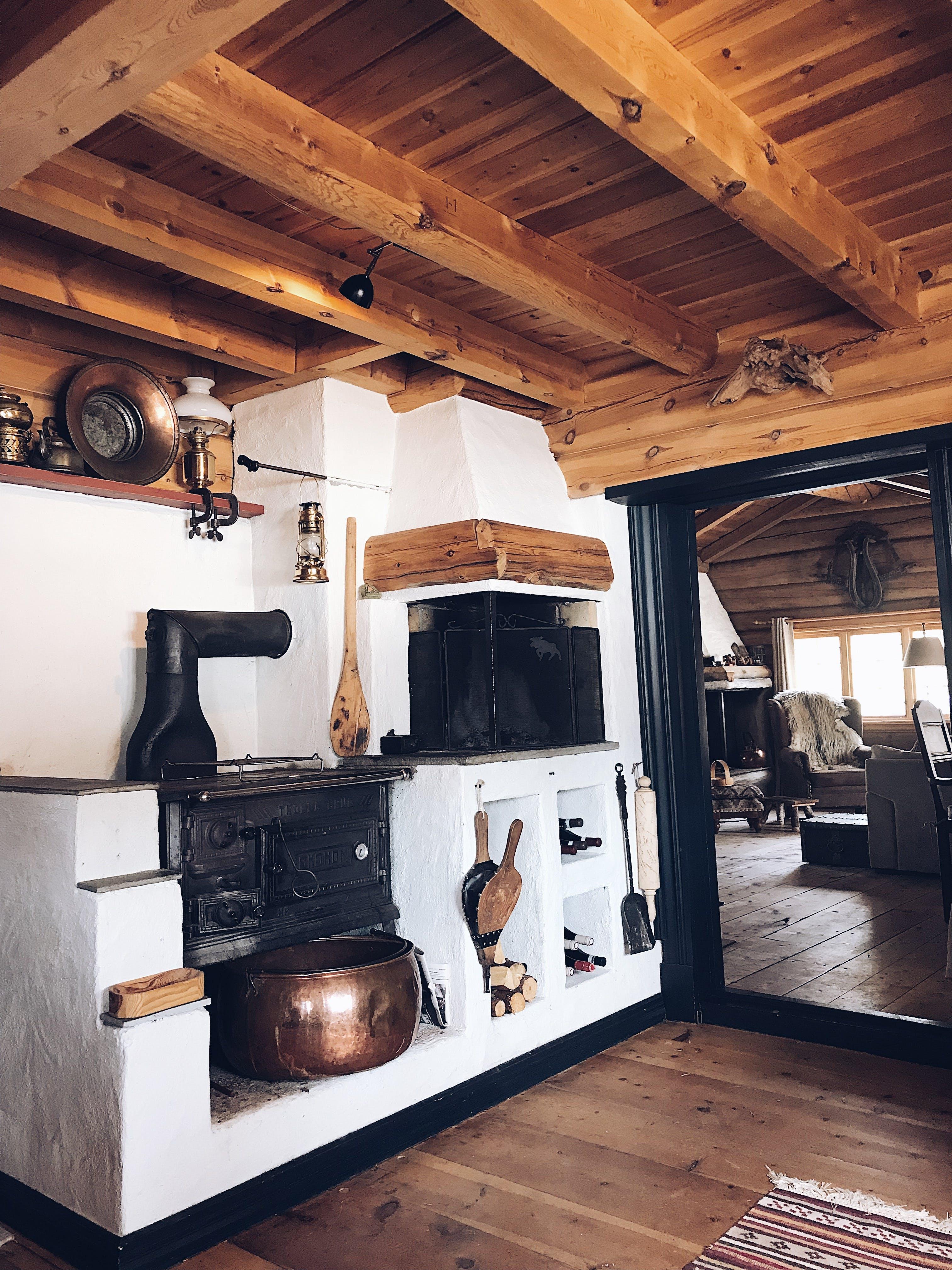 Foto d'estoc gratuïta de cabana, cabana de fusta, casa de camp, decoració d'interiors