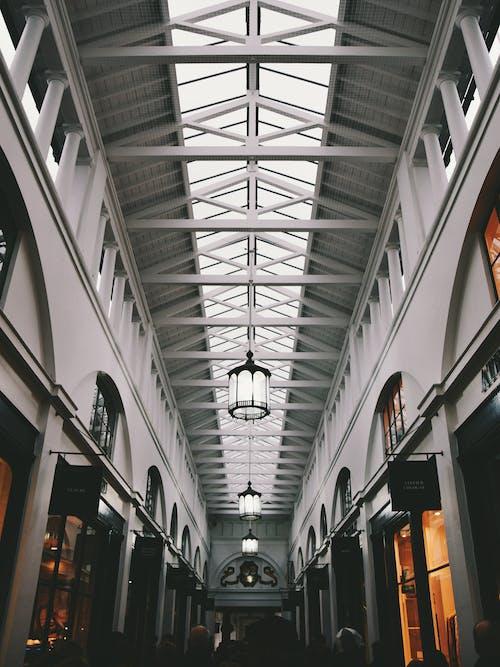 低角度拍攝, 光, 內部, 博物館 的 免費圖庫相片