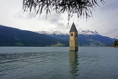 Fotobanka sbezplatnými fotkami na tému architektúra, cestovný ruch, denné svetlo, hory
