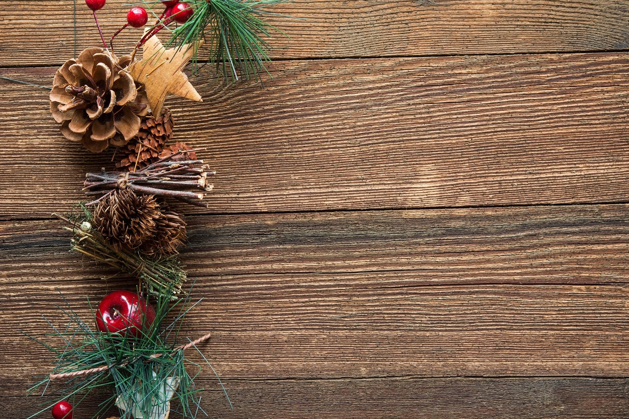 Most Inspiring Wallpaper Christmas Wood - pexels-photo-220098  HD_137255 .jpg\u0026fm\u003djpg