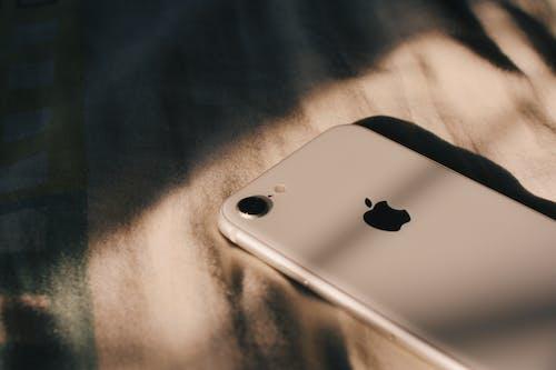 Безкоштовне стокове фото на тему «iPhone, Інтернет, бізнес, бездротовий»