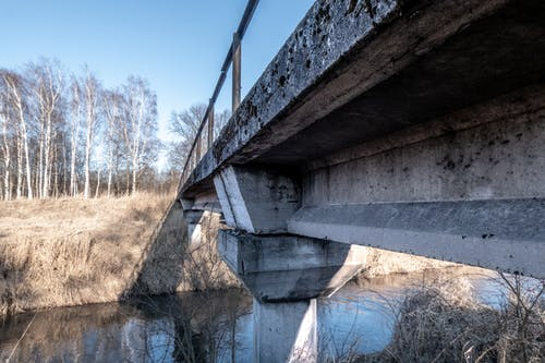 Kostnadsfri bild av betong, bro, catwalk, flod