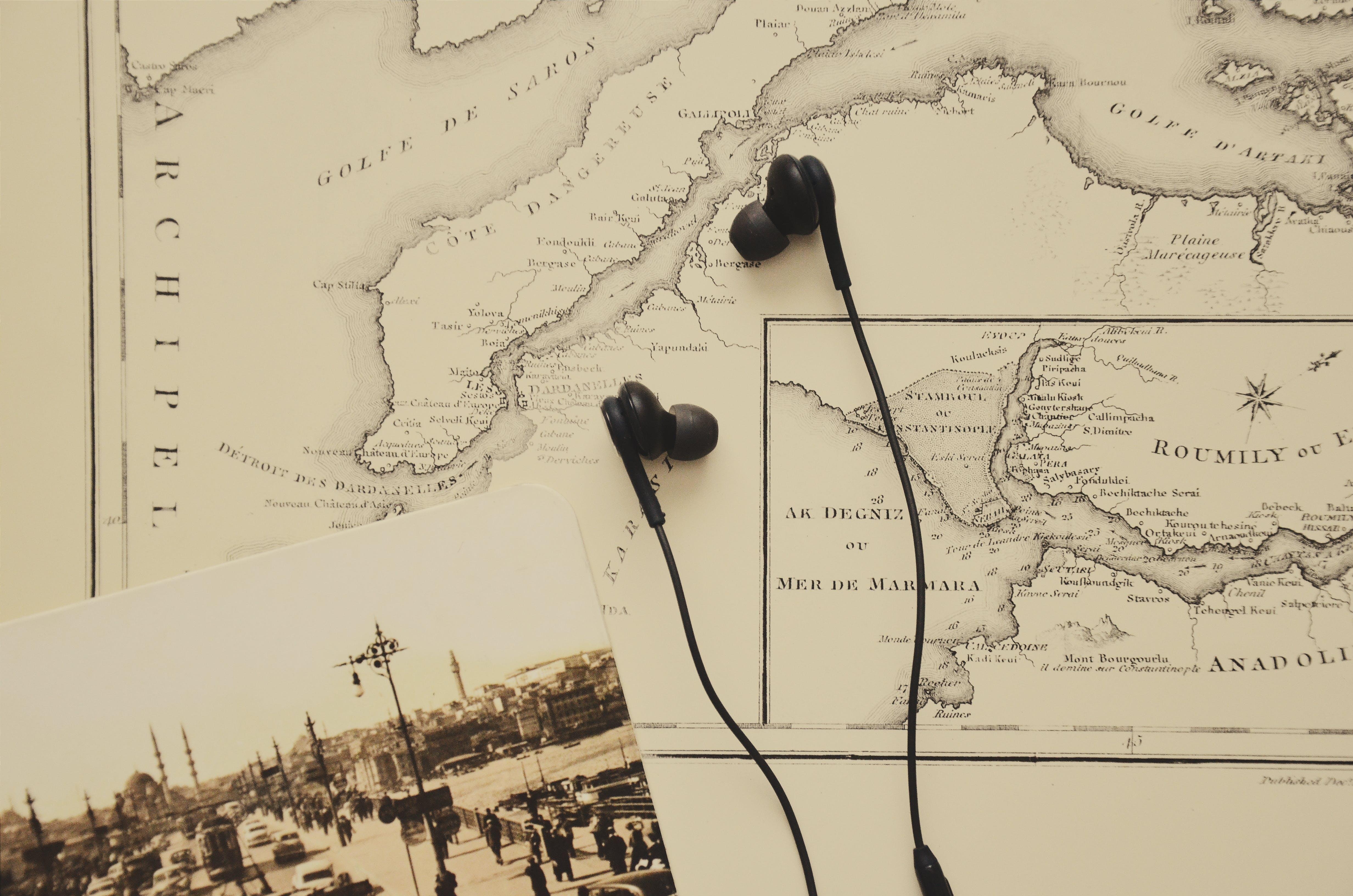 Black In-ear Earbuds
