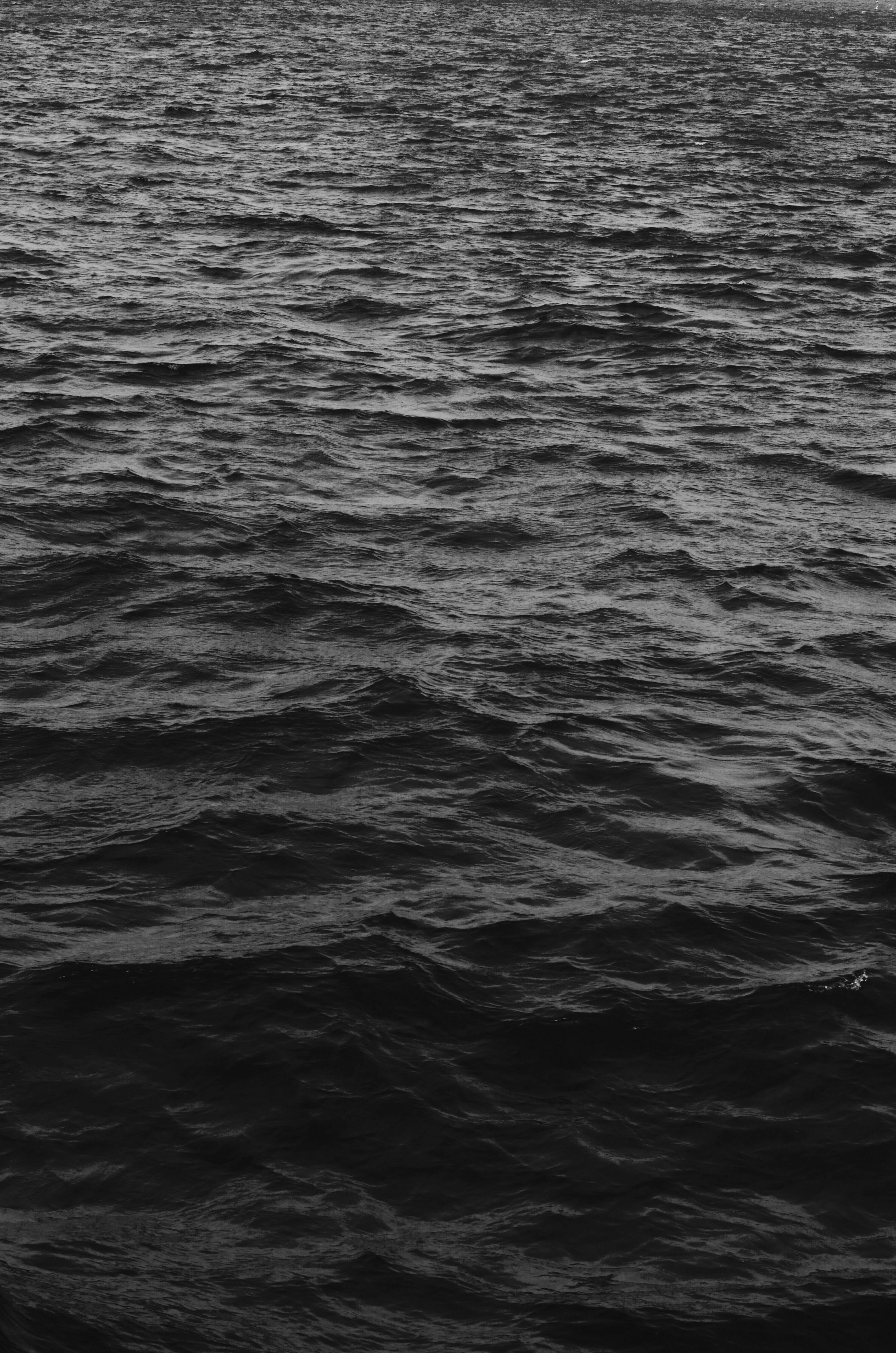 Kostenloses Stock Foto zu abend, dunkel, erdoberfläche, flüssig