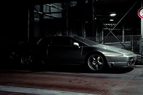 Kostnadsfri bild av bil, gammal bil, ljus, lotusblomma