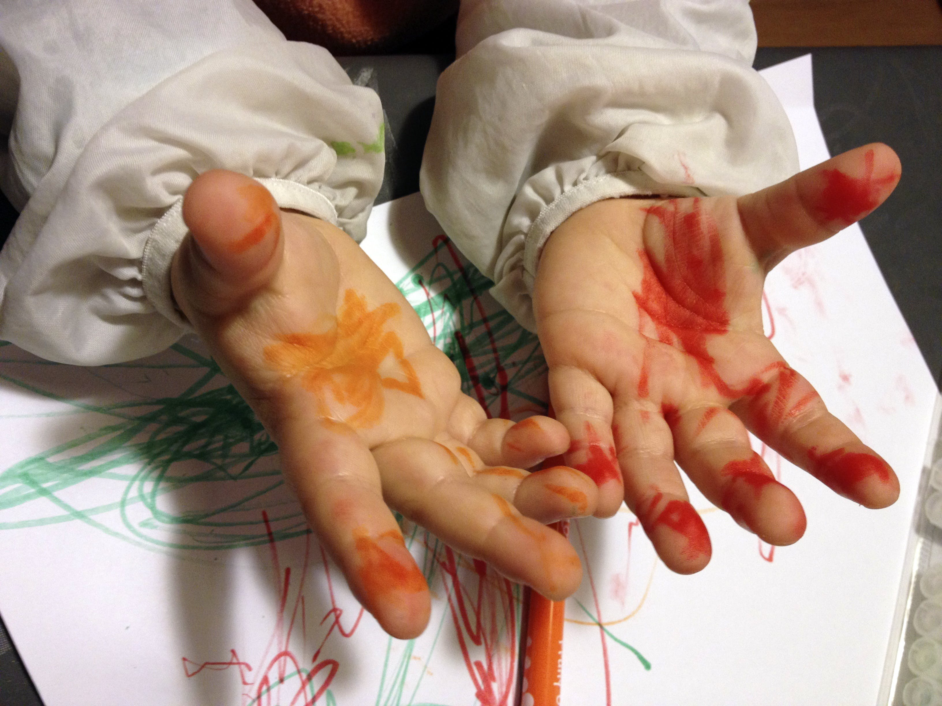 Free stock photo of hands, painting, school, child