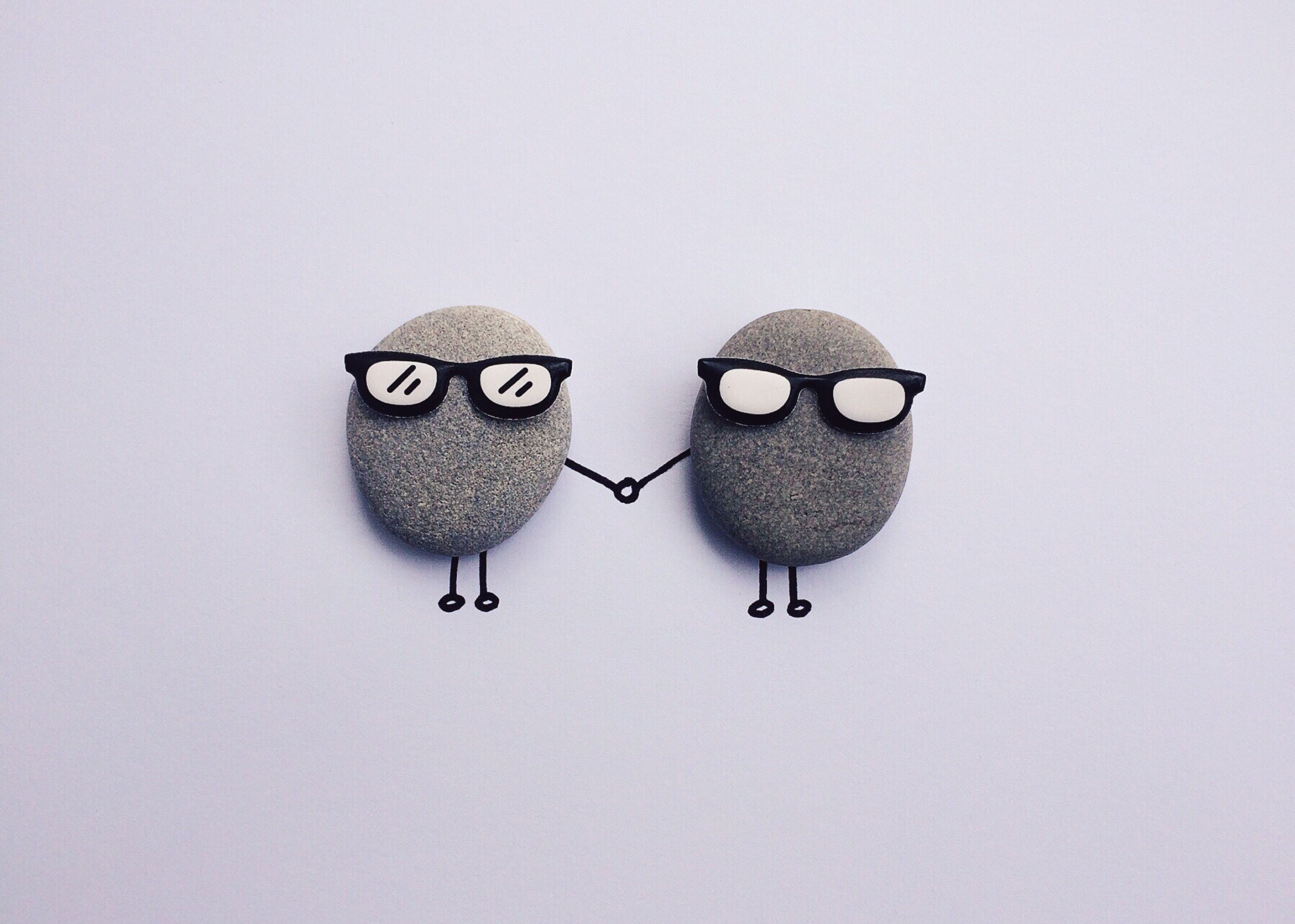 Gray Round Foam With Sunglasses