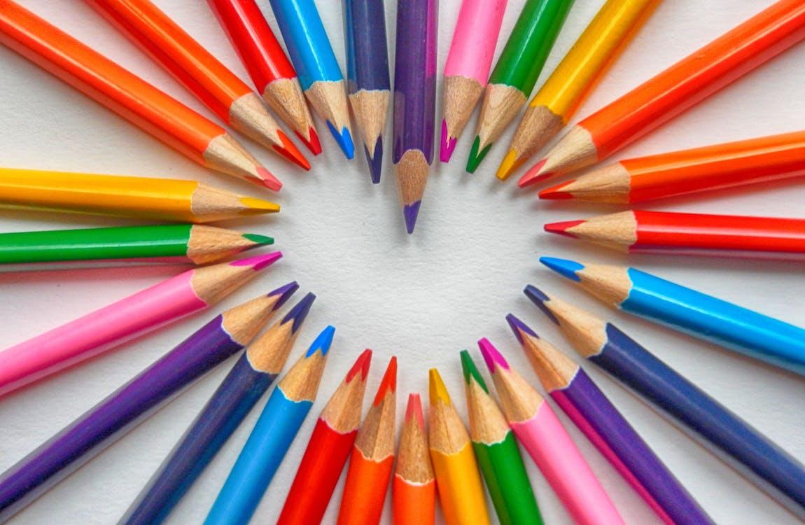 削尖的, 彩色鉛筆, 心