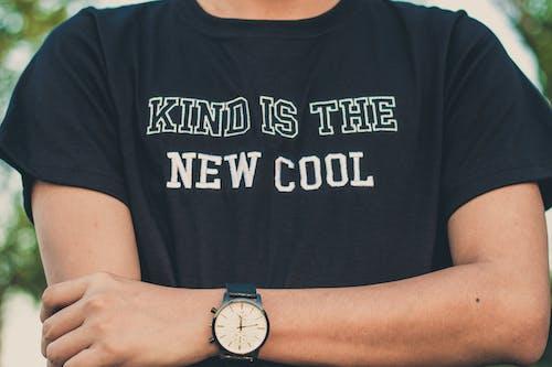 人, 手臂, 手錶, 時尚 的 免费素材照片