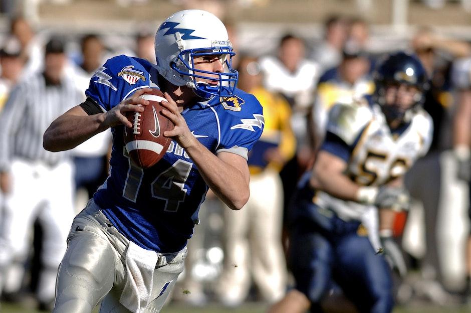 athlete, ball, catching