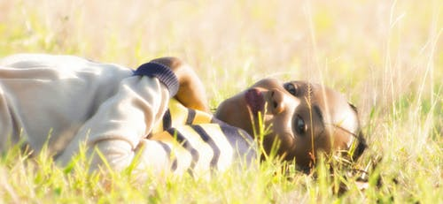 Fotobanka sbezplatnými fotkami na tému 20-25 ročná žena, africké dievča, model tváre