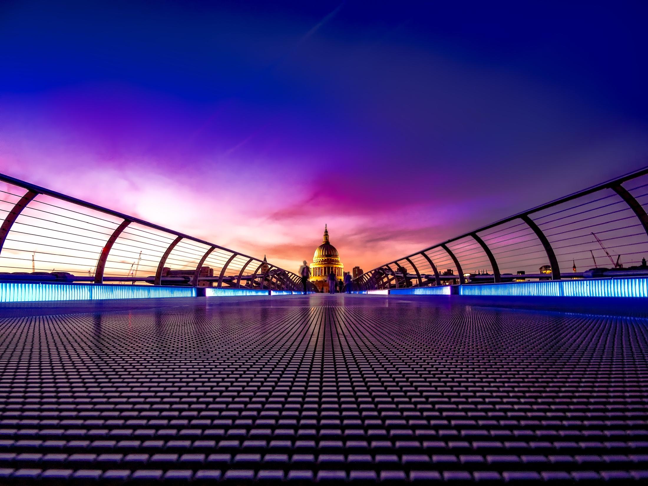where is club monaco in london