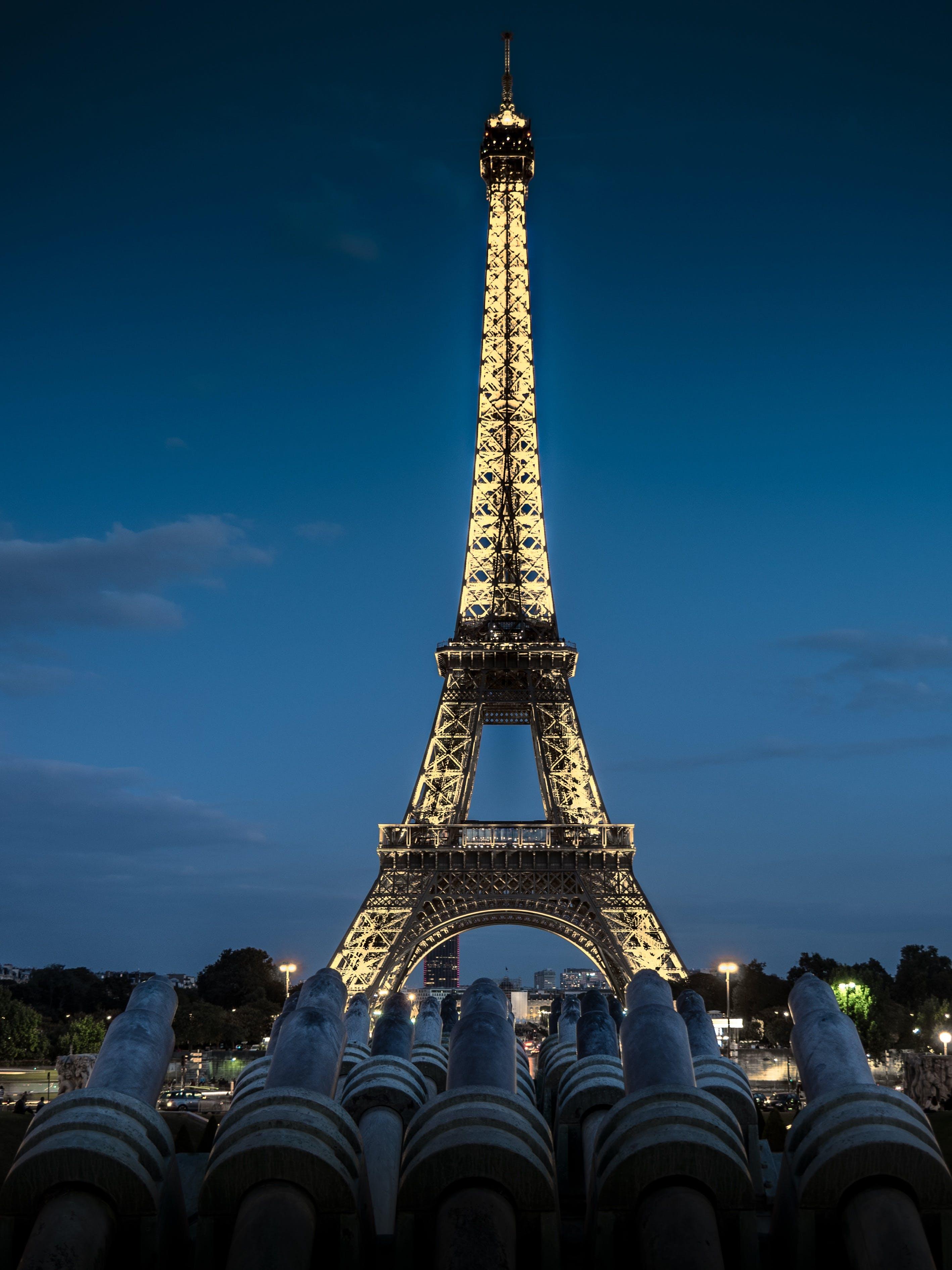 grayscale photography of eiffel tower  paris  u00b7 free stock