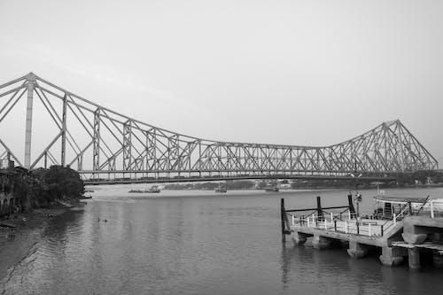 Immagine gratuita di città, fiume, howrah bridge, india