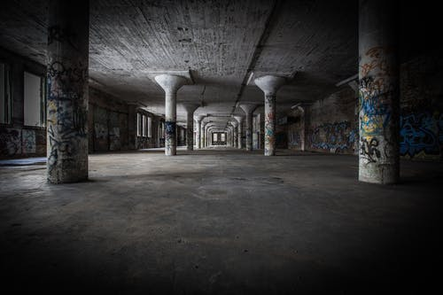 Бесплатное стоковое фото с архитектура, Архитектурное проектирование, бетон, в помещении