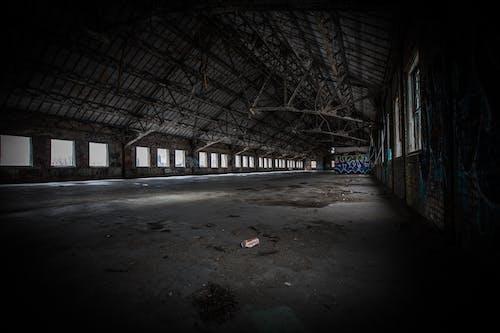 Foto d'estoc gratuïta de abandonat, acer, brut, buit
