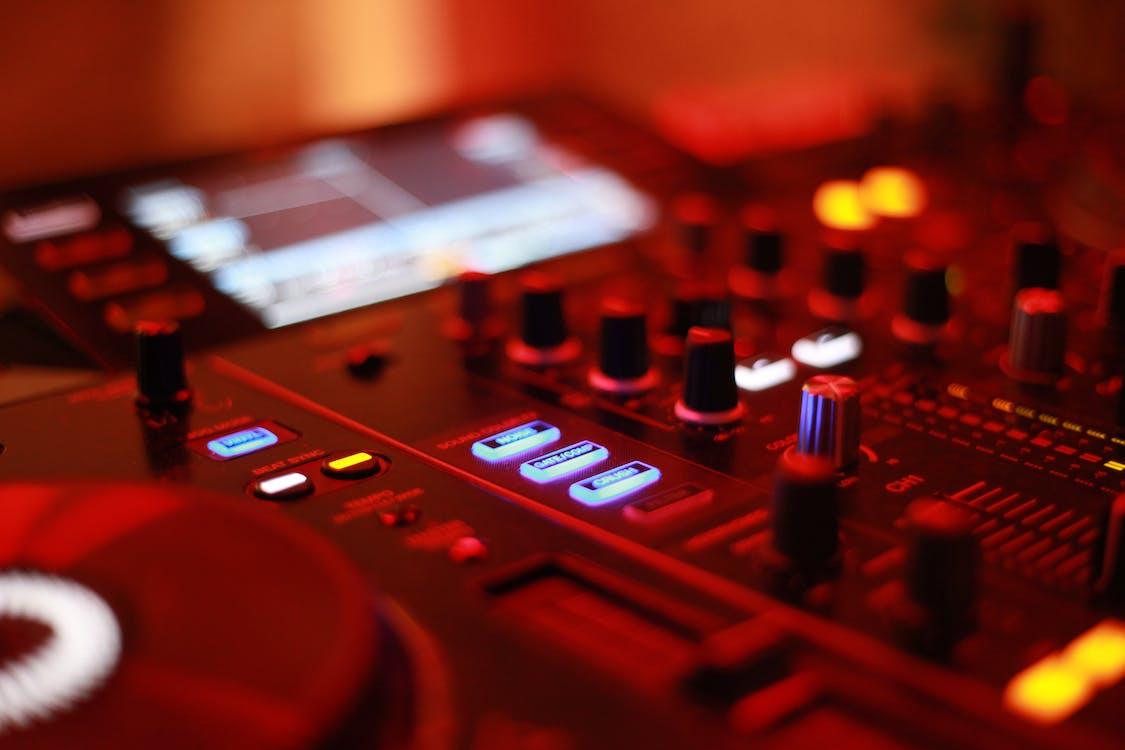 DJ Mixer, techno, απεικόνιση