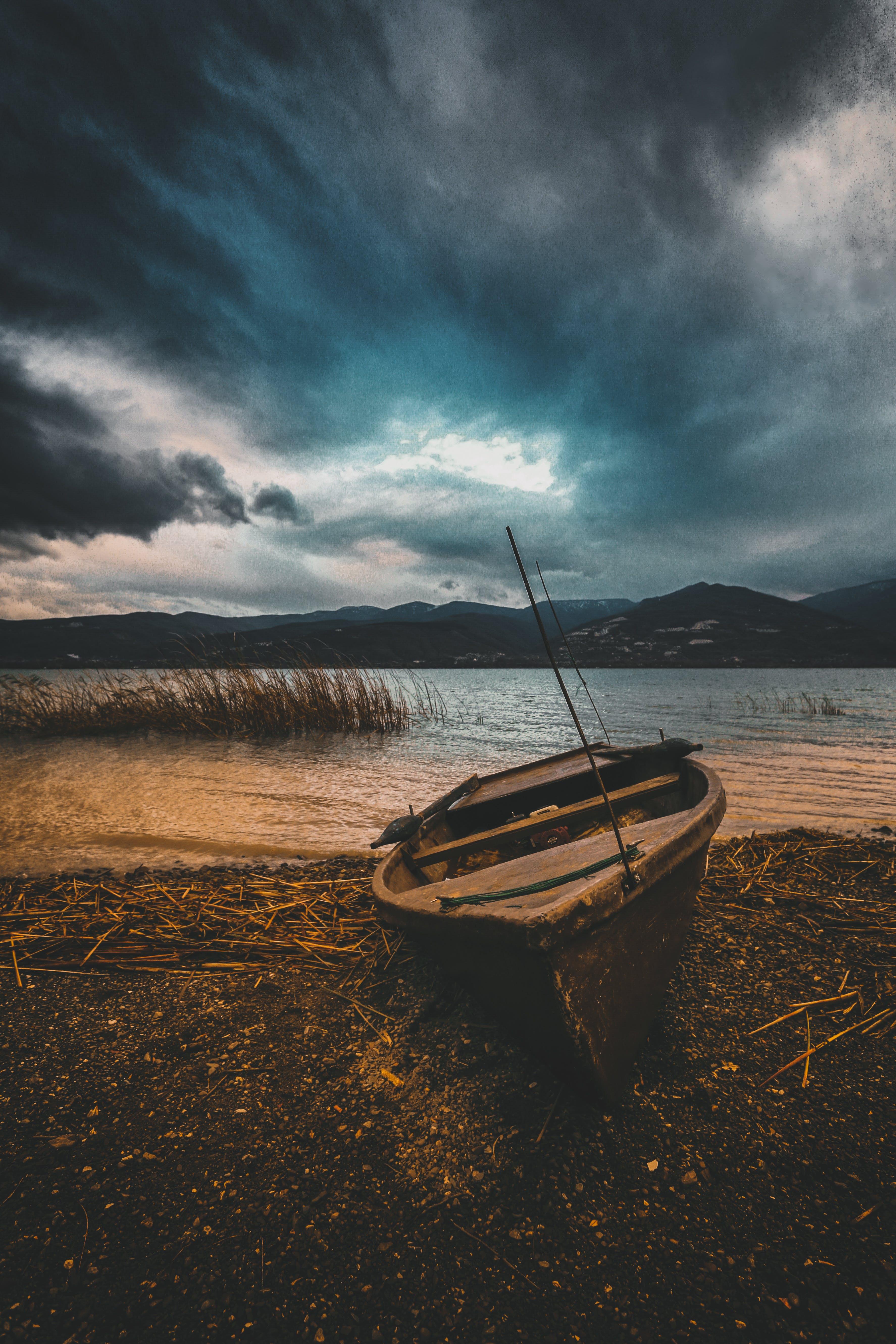 Photos gratuites de bateau, ciel, crépuscule, eau