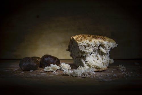 Gratis stockfoto met bakkerij, bouten, brood, donker