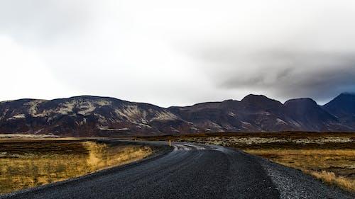 Gratis lagerfoto af baner, bjerg, landskab
