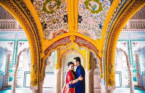 前婚礼摄影师, 前婚纱摄影工作室, 在德里举行的婚礼前拍摄, 婚礼前拍摄照片 的 免费素材照片