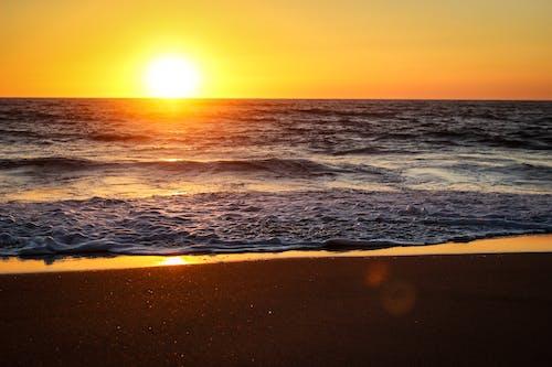 Бесплатное стоковое фото с вода, восход, горизонт, закат