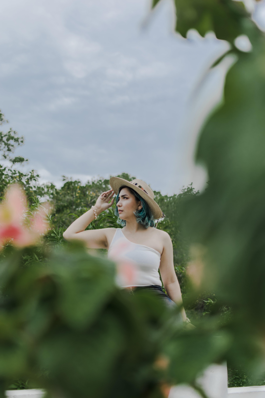 Kostenloses Stock Foto zu draußen, elegant, entspannung, frau