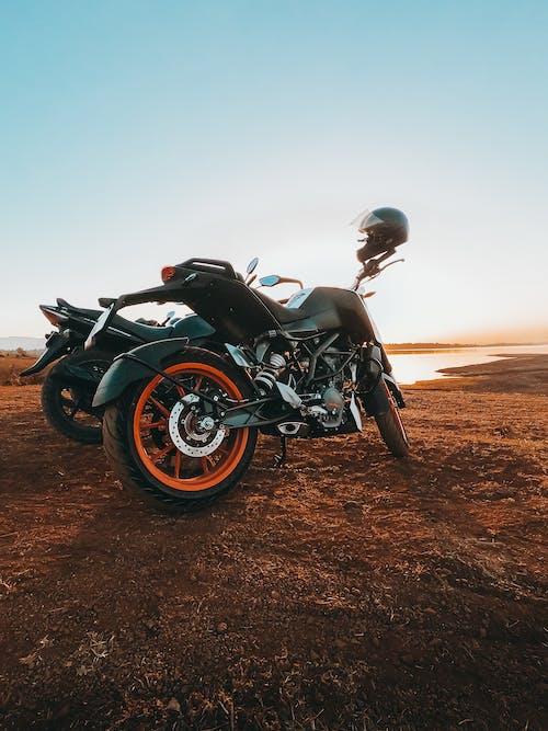 Imagine de stoc gratuită din bicicletă, motociclist, motocicliști