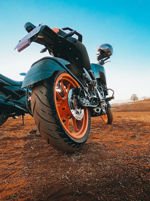 Imagine de stoc gratuită din bicicletă, ktm, motociclist