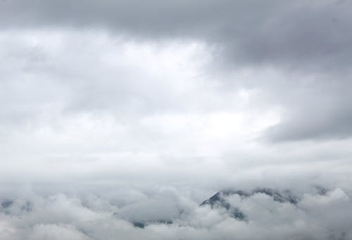 Ingyenes stockfotó fehér, fehér ruhák, felhő, hegy témában