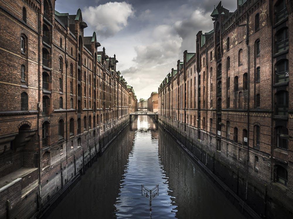 Body Water Across Buildings
