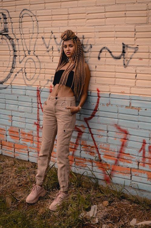 ファッション, ポージング, モデル, れんが壁の無料の写真素材