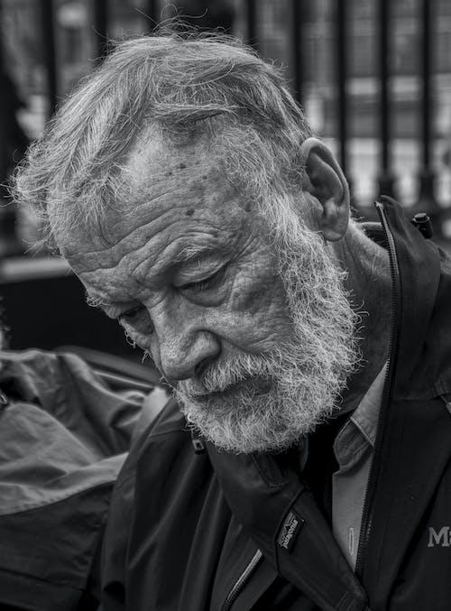 Fotobanka sbezplatnými fotkami na tému čierna a biela, Írsko, muž, starý